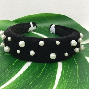 Accessories - Black Velvet with faux Pearls Wide headband